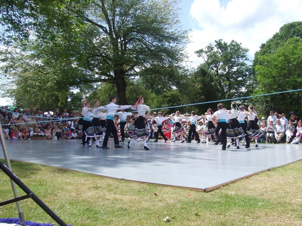 ballet students perform outside