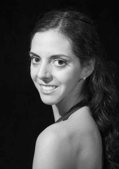 Adrienne Schulte headshot