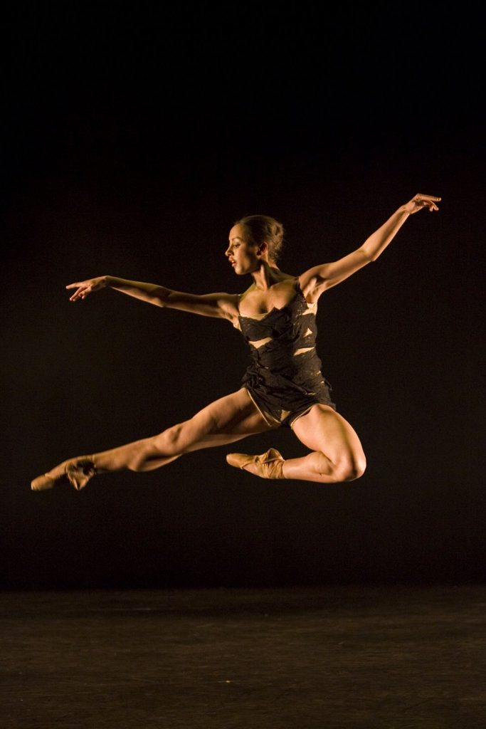 dancer in high jump