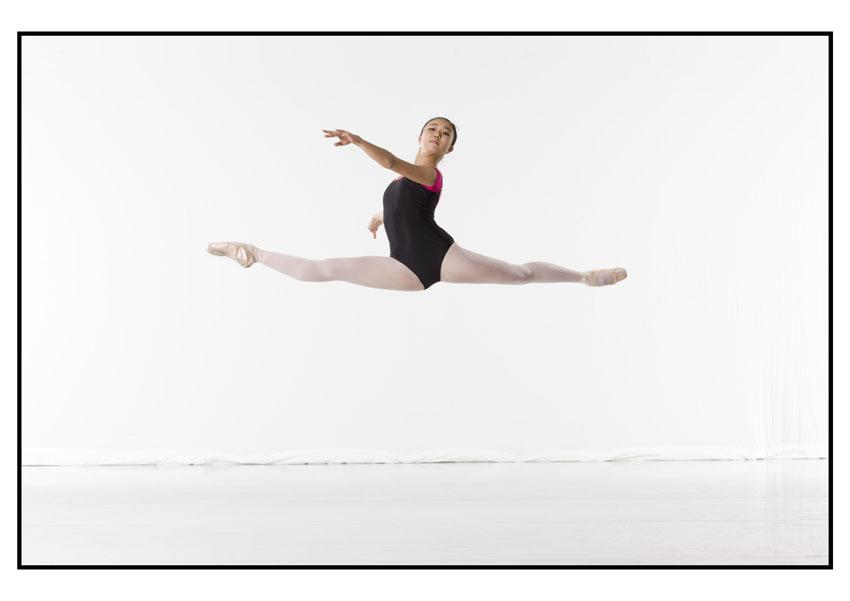 dancer in jete