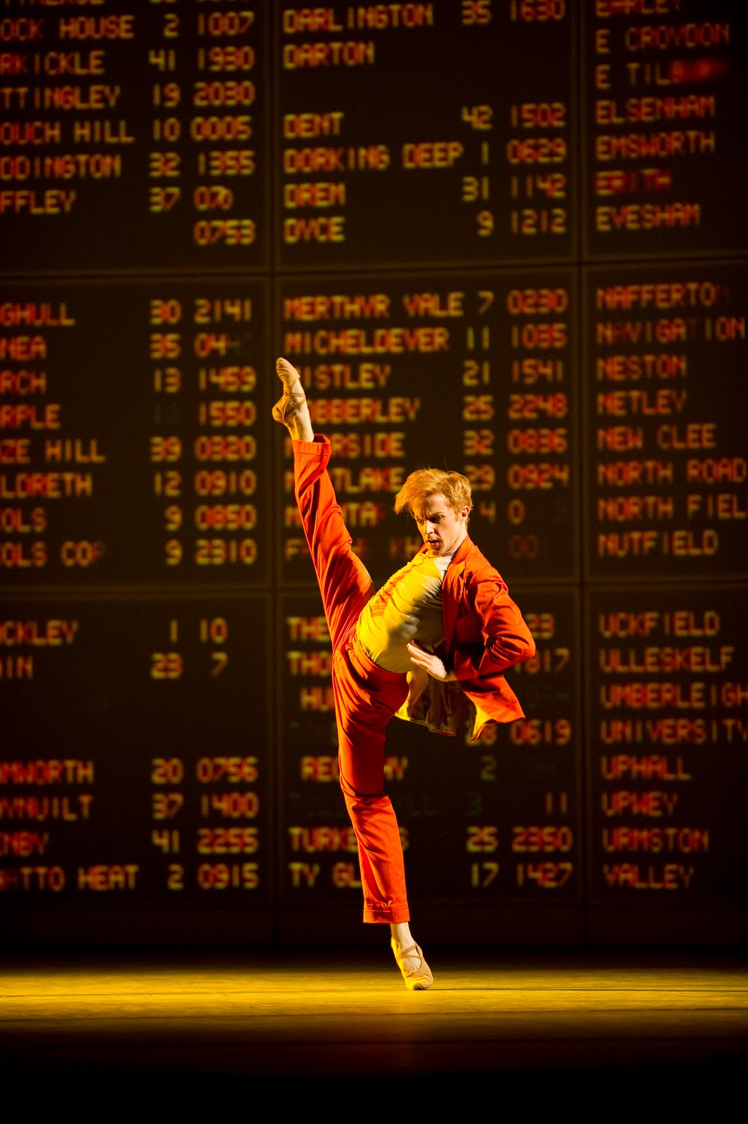 Steven McRae in The Royal Ballet's As One, Photograph : Bill Cooper