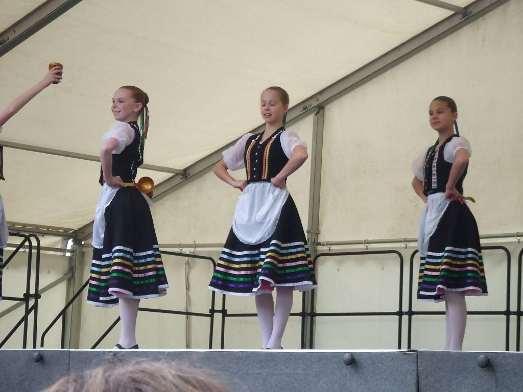 The Royal Ballet School (Lower) at the Richmond May Fair - part 1
