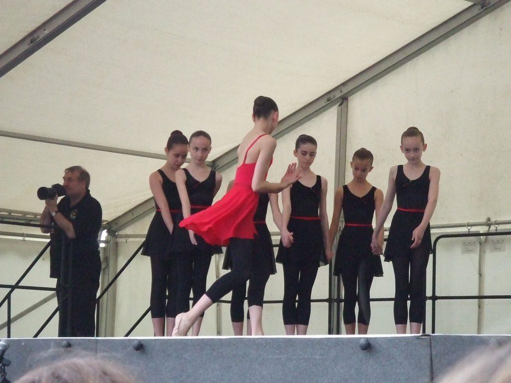 Royal ballet school dancers on stage