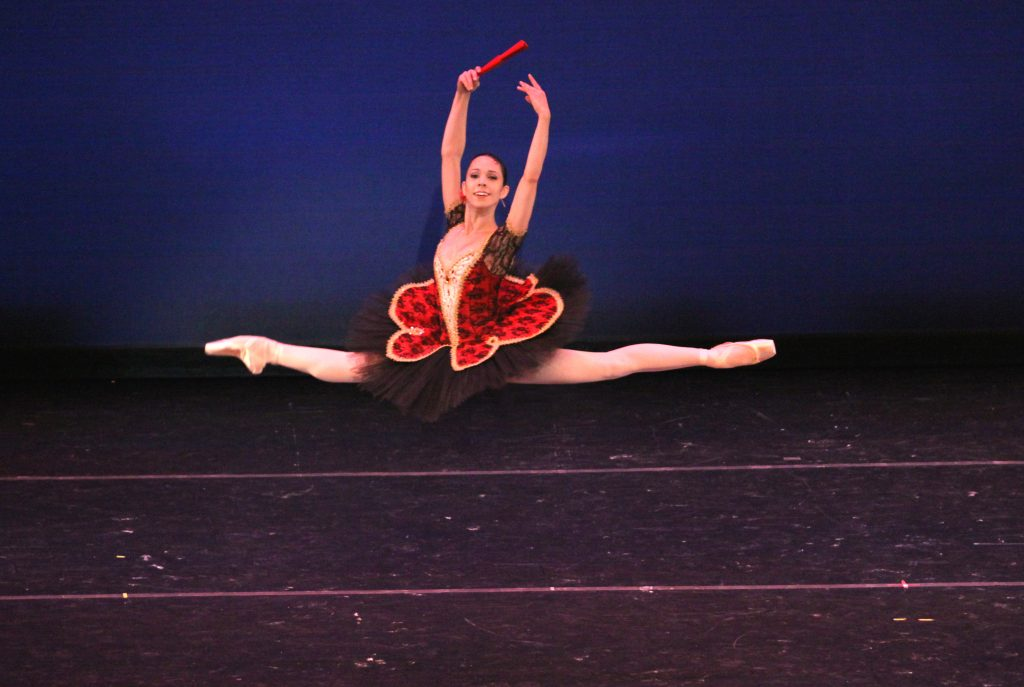 dancer in jete