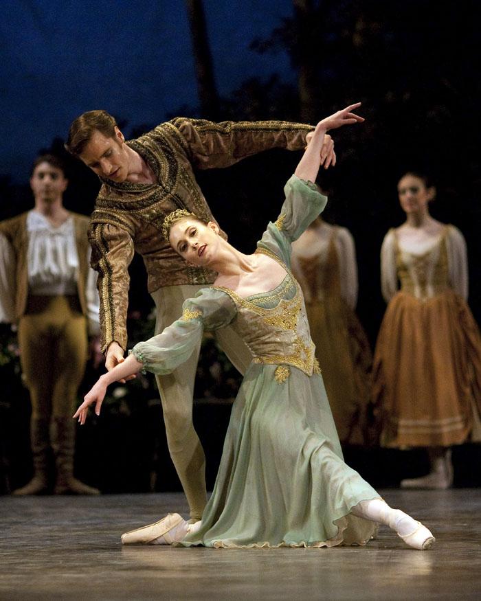 Colorado Ballet S Swan Lake: English National Ballet's Swan Lake Reviewed