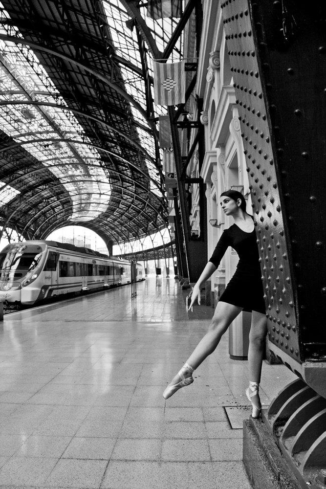 railway, station, ballet, dancer, Ballet News