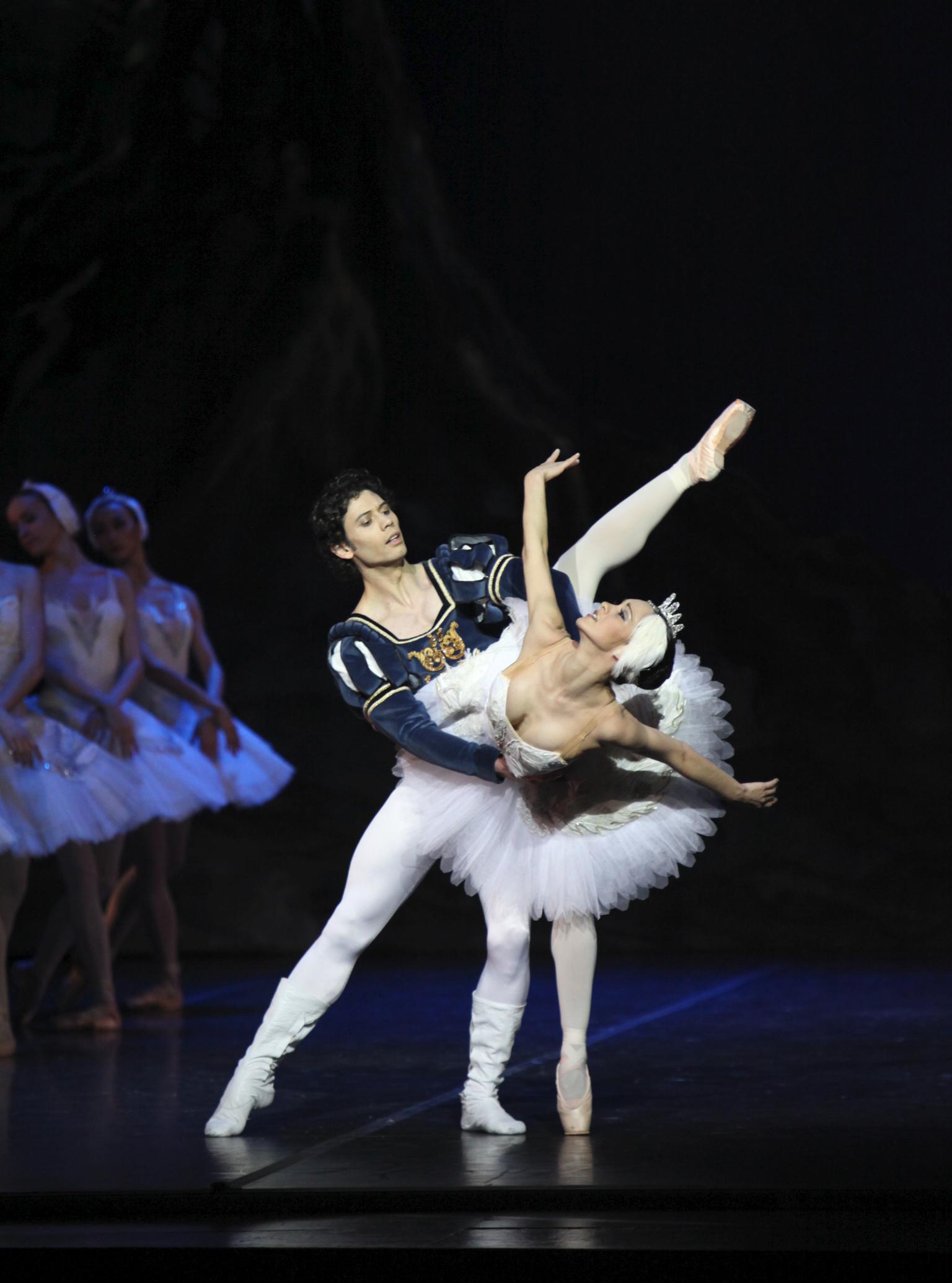 two ballet dancers in swan lake