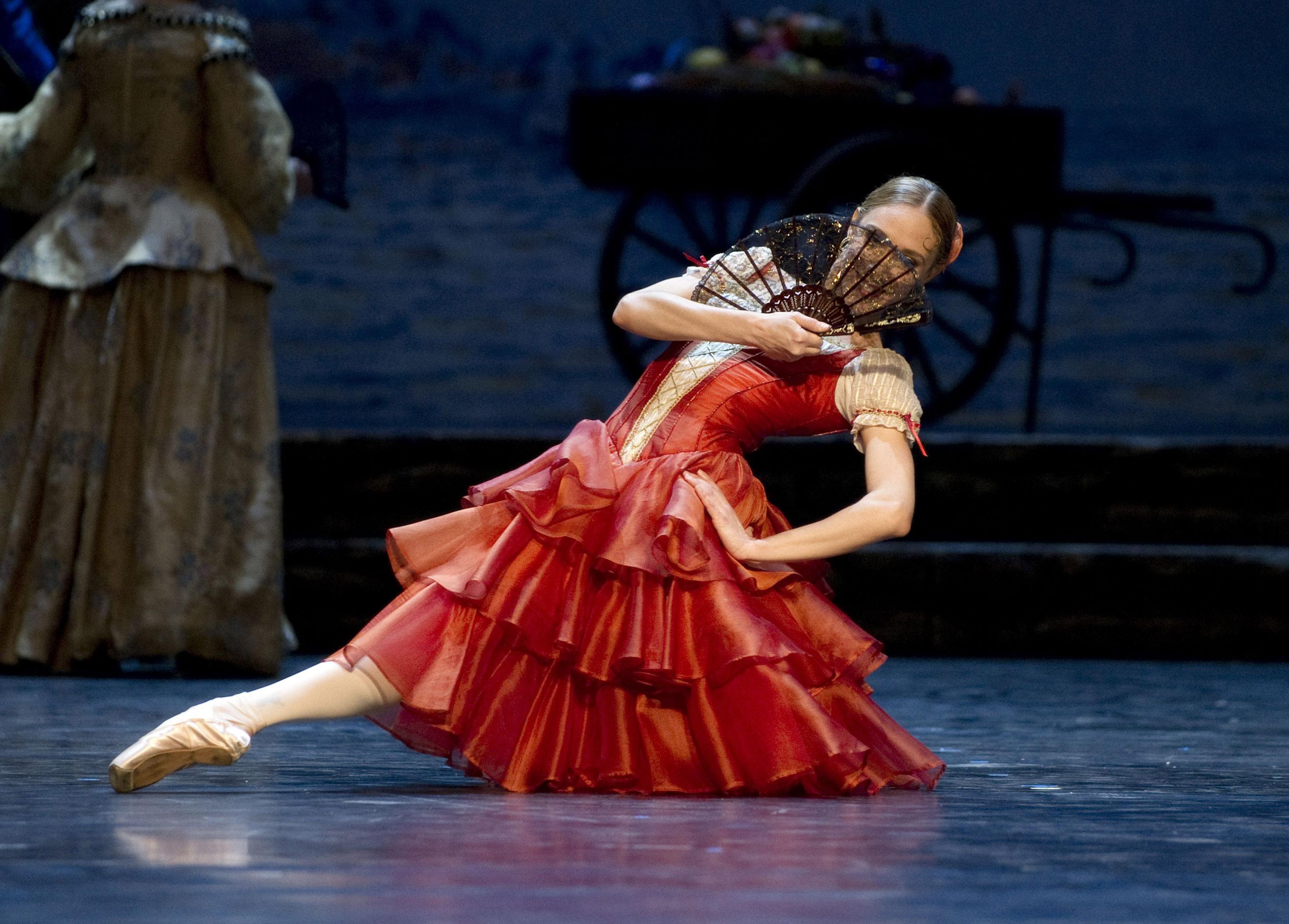 Yolanda Correa as Kitri in Don Quixote, the Norwegian National Ballet 2011