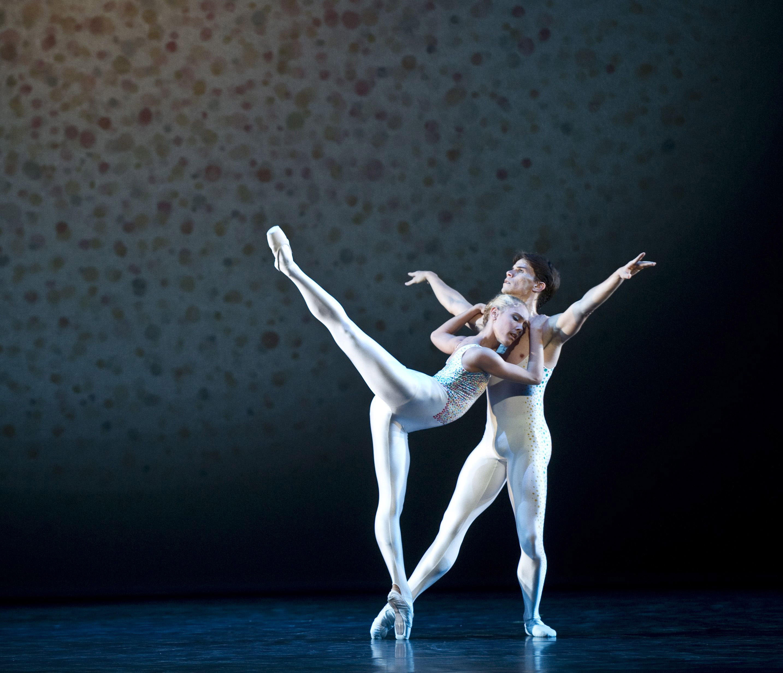 Yolanda Correa and Yoel Carreño in Tetle's Voluntaries, the Norwegian National Ballet 2010.
