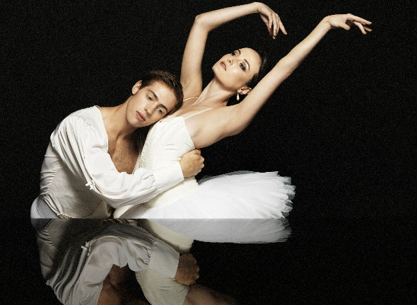 Ty King-Wall and Amber Scott in Swan Lake. Photo by Georges Antoni