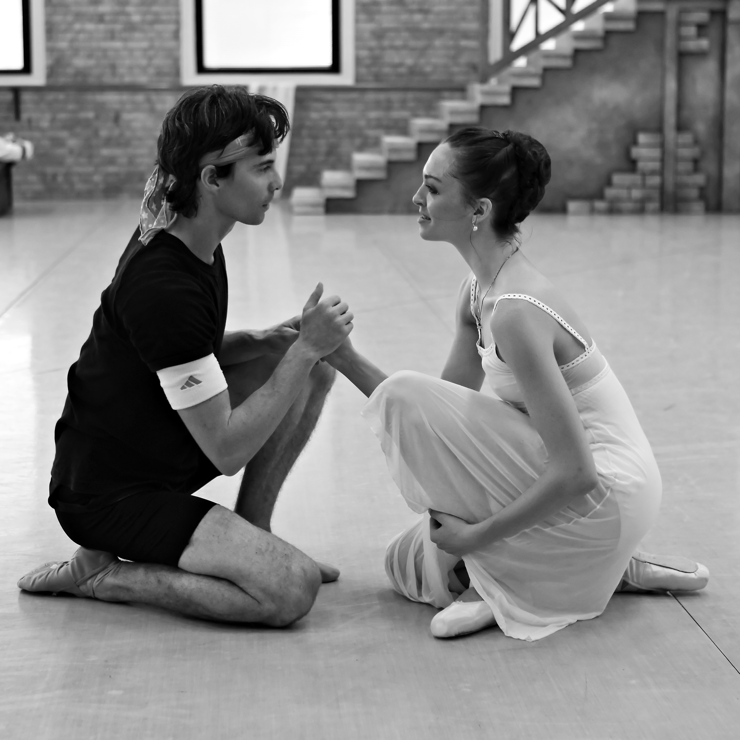 Romeo and Juliet rehearsals w former Principla Alex Wagner Pic Ken Sparrow