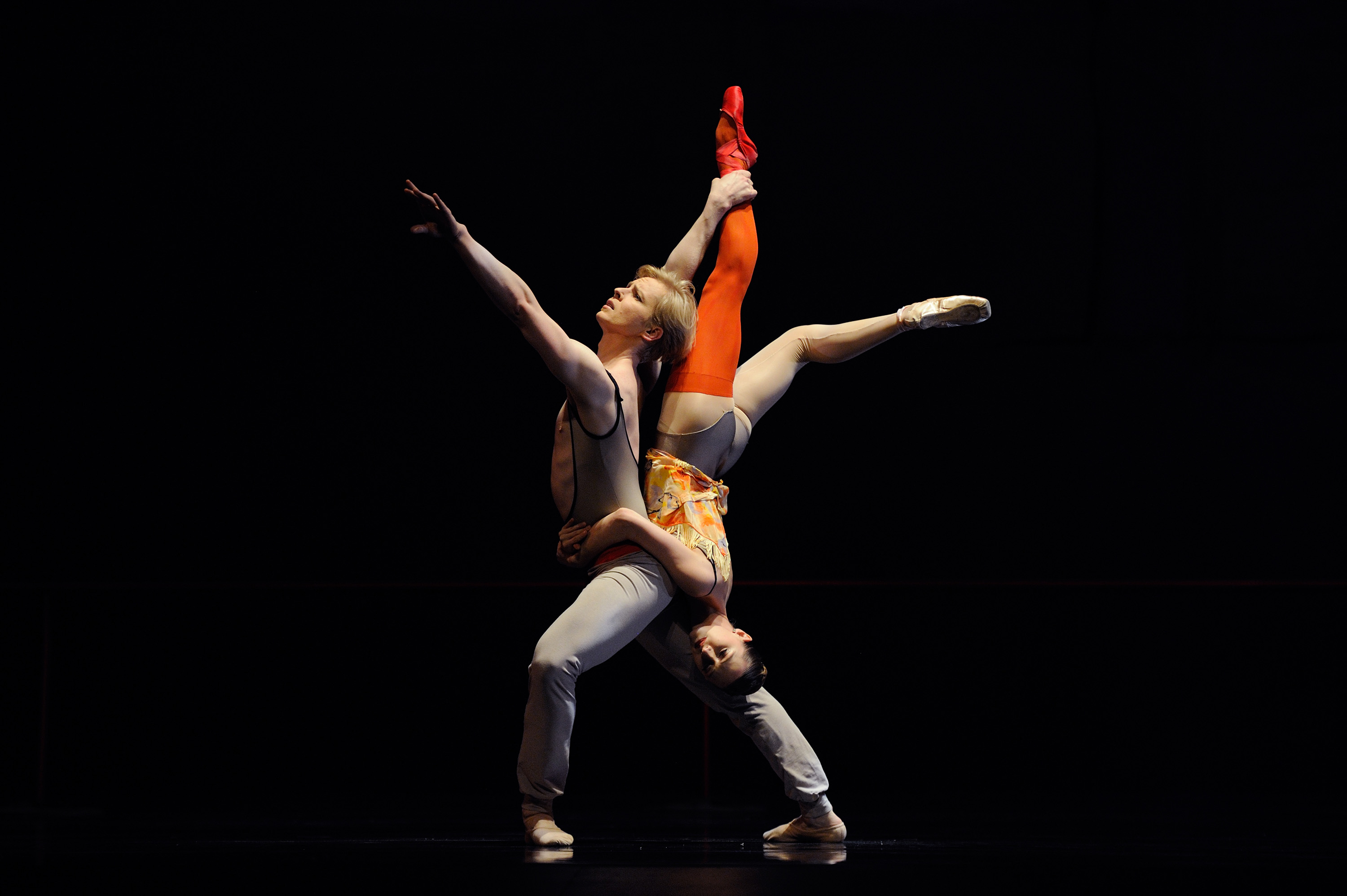 Sarah Van Patten and Tiit Helimets in Bintley's The Dance House Erik Tomasson