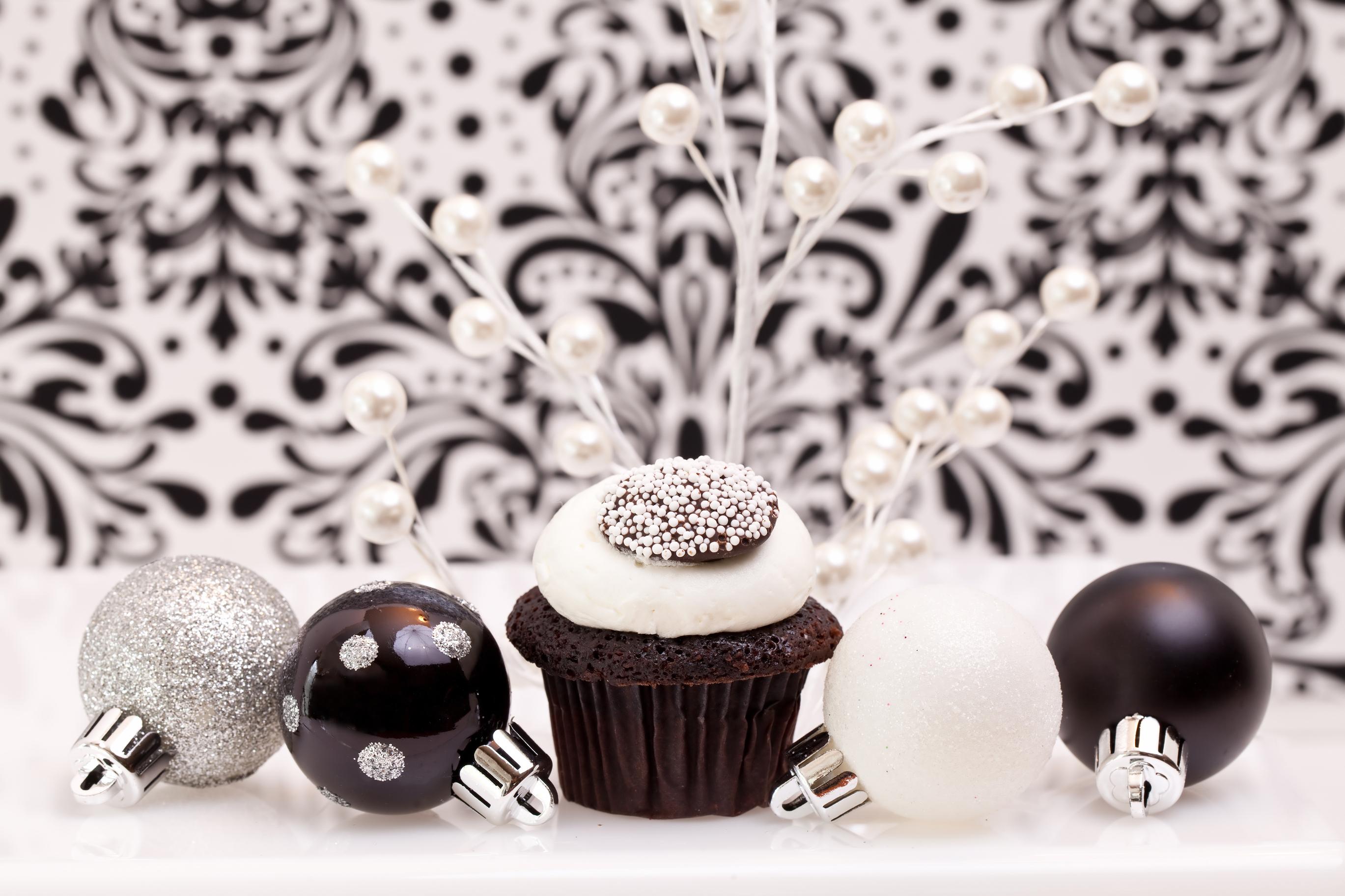 ballet christmas cupcakes
