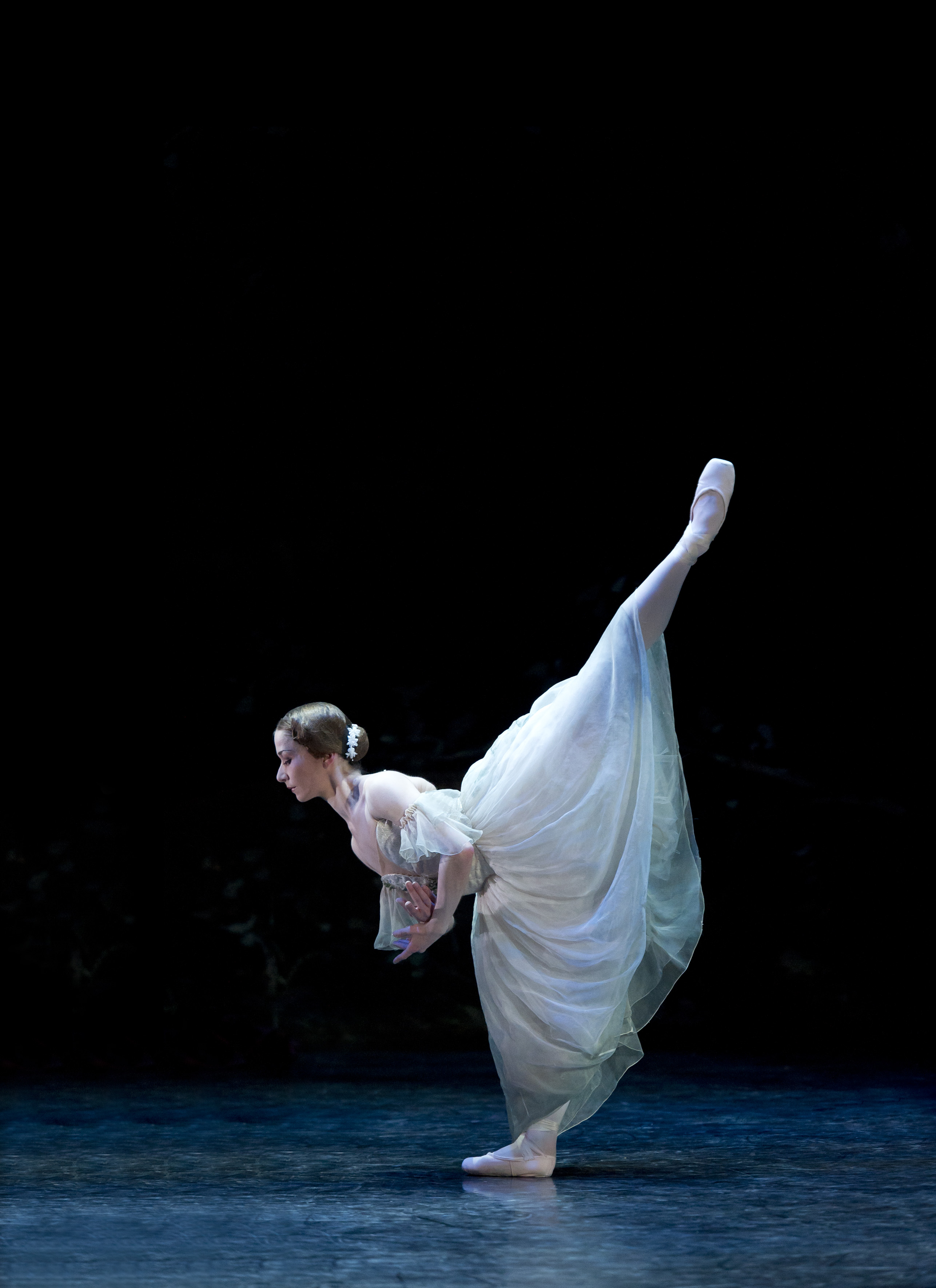 Pippa Moore as Giselle, photograph Bill Cooper