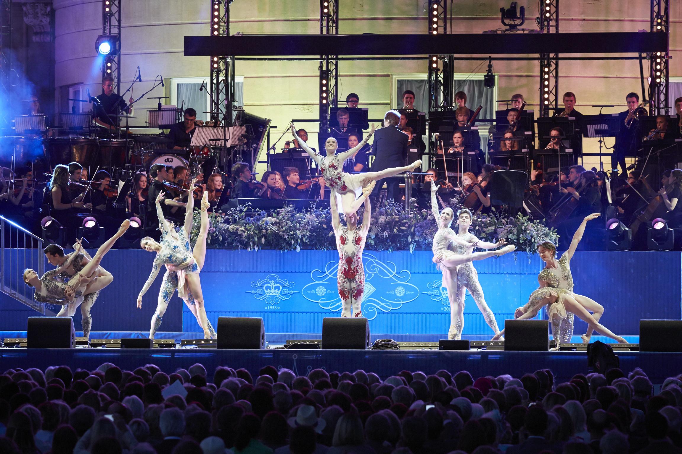 English National Ballet at The Coronation Festival Gala. Photograph : Theo Cohen