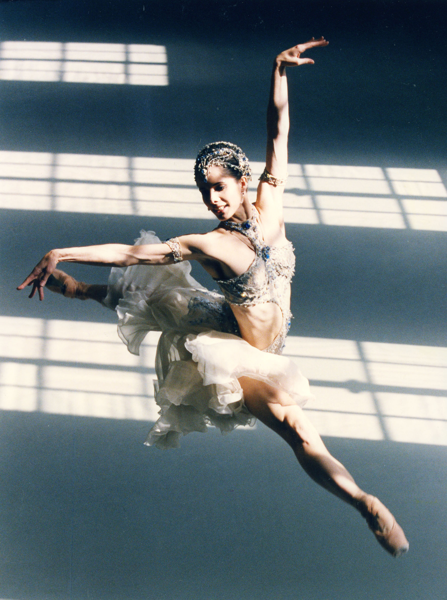 former principal ballerina for the Royal Ballet in rehearsal for La Bayadere - taken circa 1998. Darcey Bussell - (C) BBC - Photographer: Stephen Vaughan