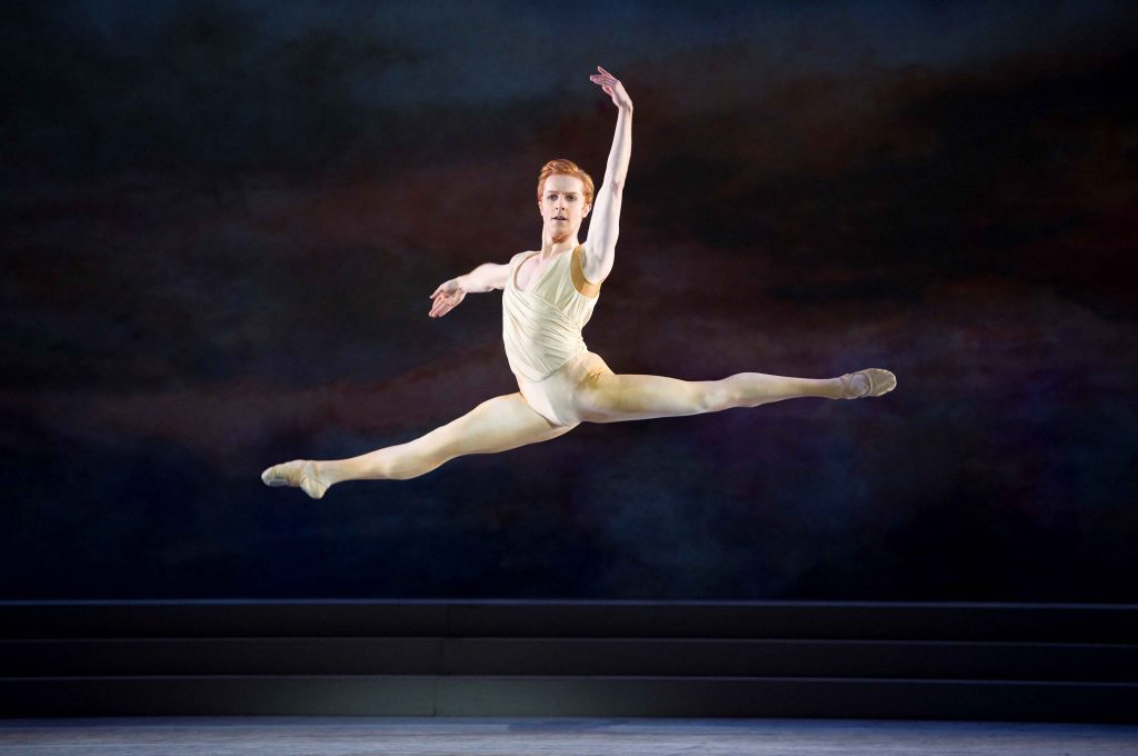 Steven McRae in The Royal Ballet's Rhapsody ©ROH/Tristram Kenton, 2011
