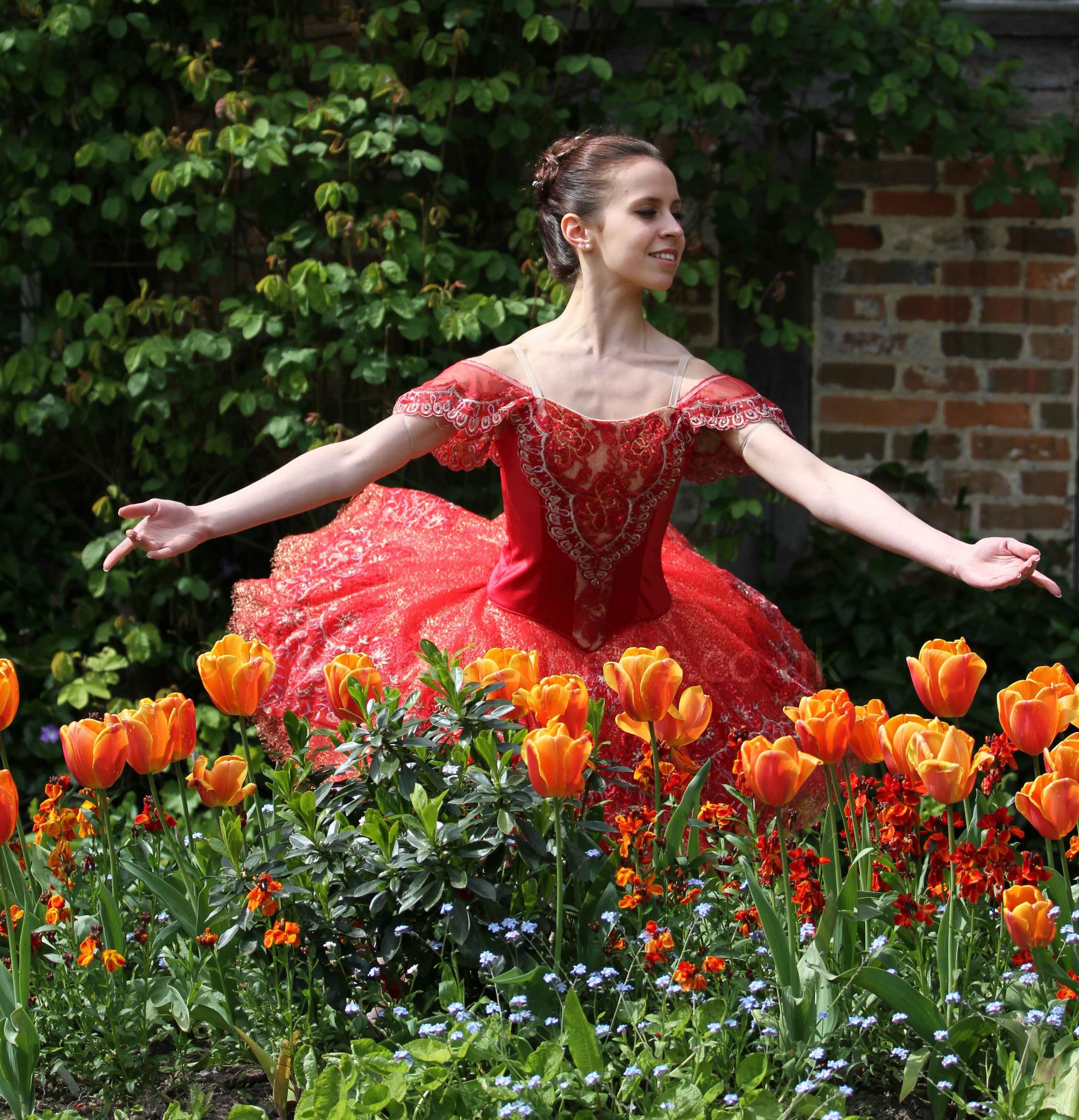 Prisca Bertoni photographed on location for Ballet News