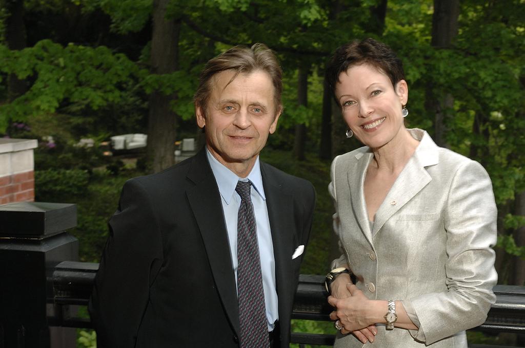 Mikhail Baryshnikov and Karen Kain. Photo by Gary Beechey
